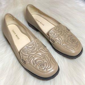 Taryn Rose Jennifer Floral Stitched Flats Loafers